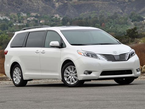 toyota sienna test drive review cargurus