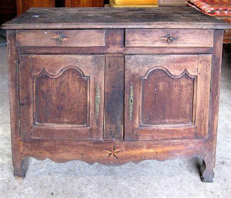 trucs et conseils pour restaurer un vieux meuble