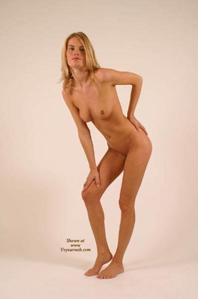 Naked Girl Posing January Voyeur Web Hall Of Fame