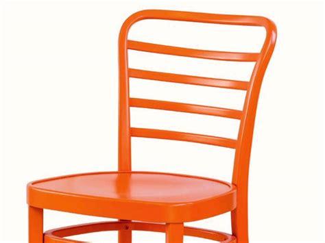 Modern Chair In Painted Wood 07 Sedia