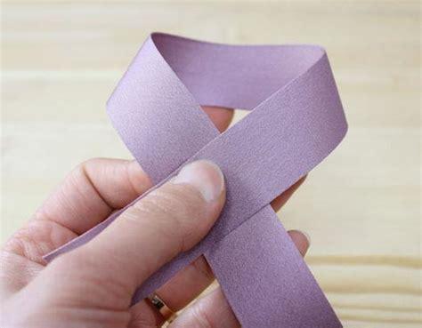 große schleife binden anleitung schleife binden einfache anleitung dekoking diy bastelideen dekoideen zeichnen lernen