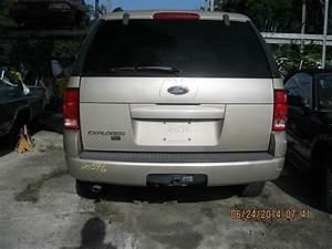 2004 Ford Explorer Liftgate Crack