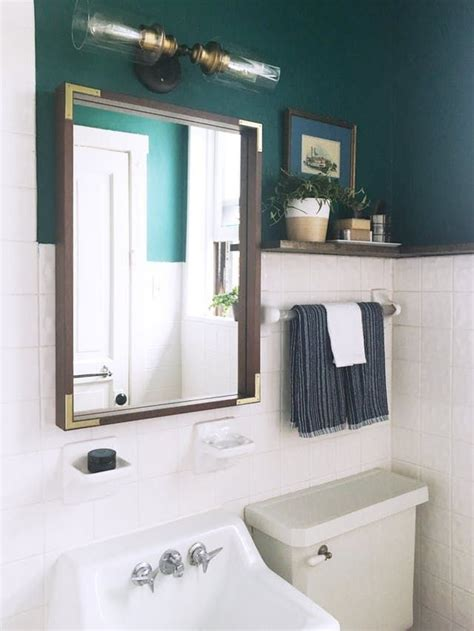 Apartment Bathroom Makeover by The 25 Best Rental Bathroom Ideas On Small