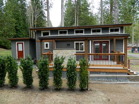 cottage mobile homes wildwood lakefront cottages park models west coast