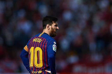 technical leader fc barcelona defender hails