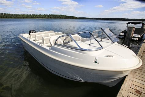 Fiberglass Boat Repair New Braunfels by The Passenger Boat A Smartliner S Fiberglass Boat For