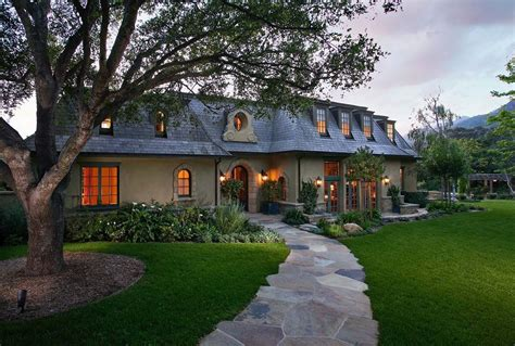 Country House : Ultra-charming French Country Home In Montecito, California