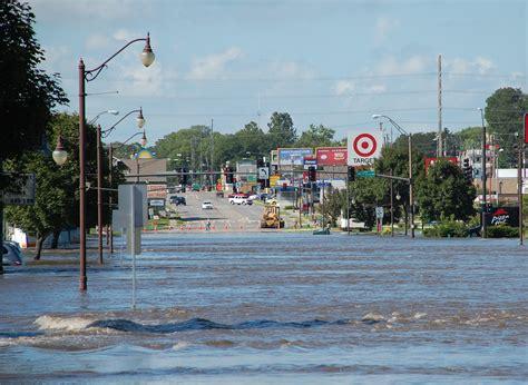 file fema 44990 flooded duff avenue in ames iowa jpg