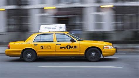 New app Arro lets you hail a yellow NYC taxi with no surge ...