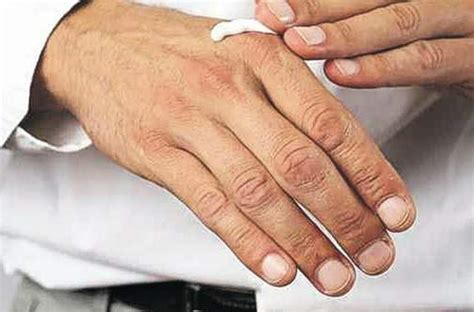 tips  avoid hand foot syndrome  undergoing chemotherapy