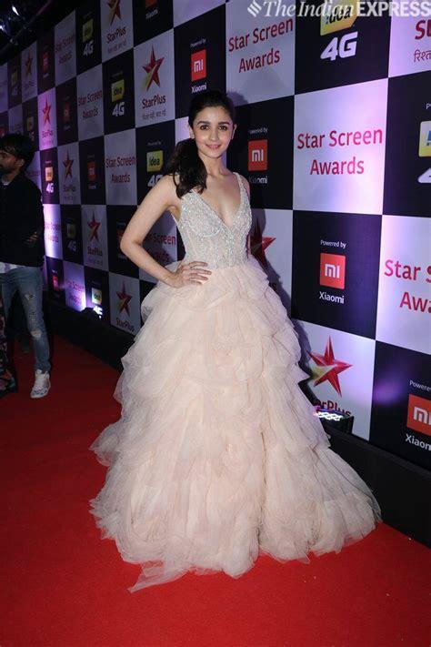 alia bhatt  ranveer singh win big  star screen awards