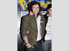 22 Pictures Showing Harry Styles Style Evolution