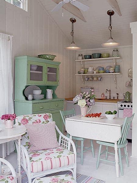 Shabby Chic Rooms I Love 2012  I Heart Shabby Chic