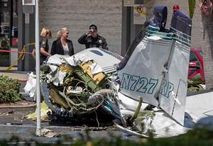 Accident Parking Sans Tiers Identifié : plane crashes in santa ana ca parking lot killing five ~ Medecine-chirurgie-esthetiques.com Avis de Voitures
