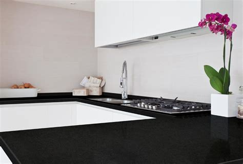 cocinas en blanco  negro la perfecta armonia  tu hogar