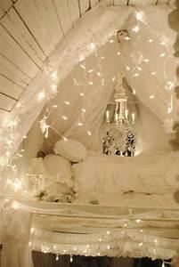 Romantisches Himmelbett Mit Lichterkette : 16 romantische ideen mit led lichterketten zum valentinstag ~ A.2002-acura-tl-radio.info Haus und Dekorationen
