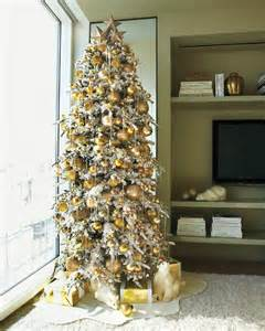 lavishly decorated christmas trees to copy