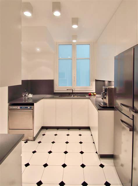 chambre ouverte sur salle de bain rénovation appartement haussmannien classique et chic