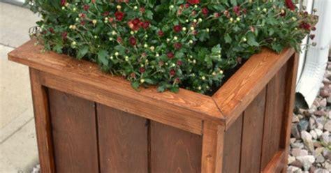 cedar planter  mitered top    home