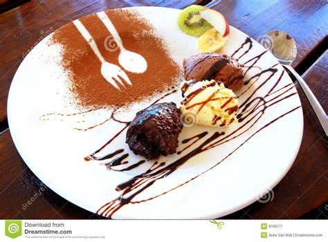 dessert au chocolat mousse au chocolat desserts stock image image 8168771