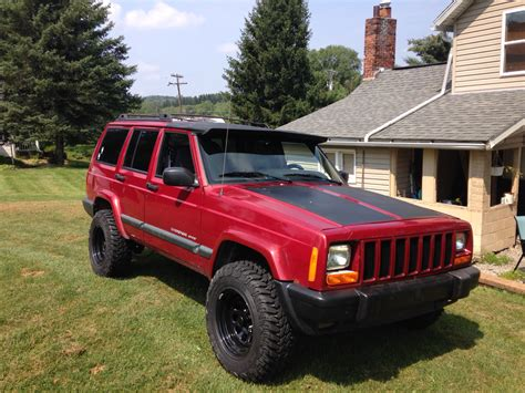 jeep xj lifted my 99 xj build with 2 quot lift and 30 39 s jeep cherokee
