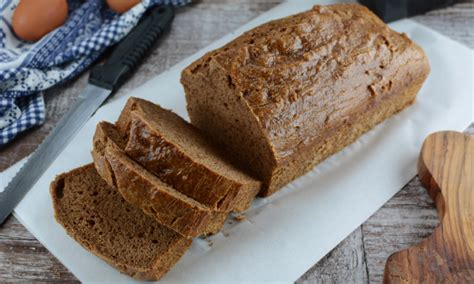 Coconut flour keto bread with yeast. Incredible Keto Yeast bread - Gluten Free & only 2 Net ...