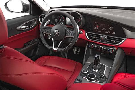 2017 Alfa Romeo Giulia 20 Interior  Motor Trend En Español