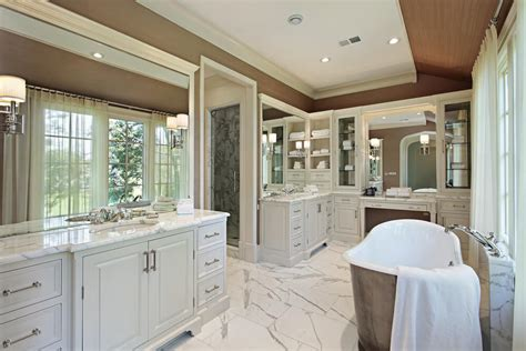Master Bathroom Vanity With Makeup Area by 40 Luxurious Master Bathrooms Most With Incredible Bathtubs