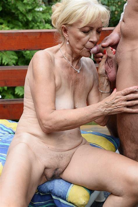 Granny Old Mature - Granny Swinger