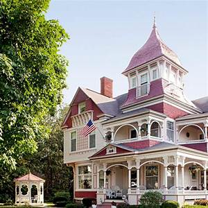 Get the Look: Queen Anne Architecture | Traditional Home