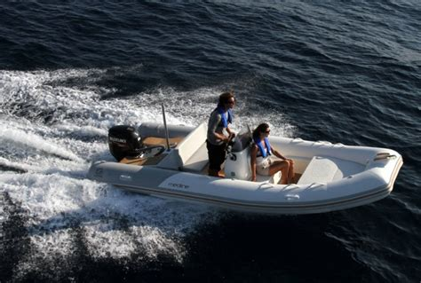Zodiac Boat Options by Research 2014 Zodiac Boats Medline 540 On Iboats