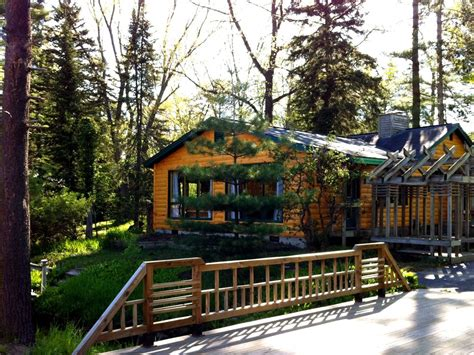 traverse city cabins creekside log cabin just steps to state homeaway