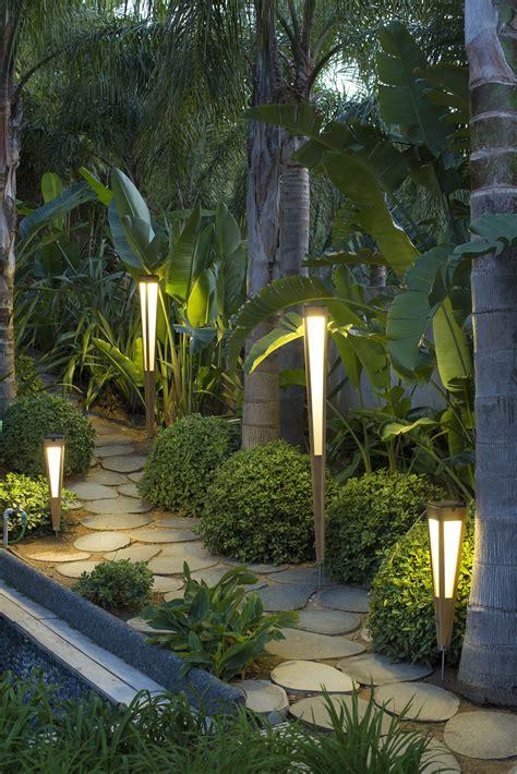tinka bollard light tinka collection  les jardins