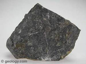Metamorphic Rocks | Pictures of Foliated and Non-Foliated ...