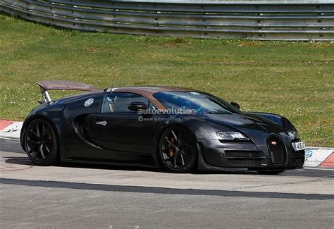 Bugatti Veyron Test Mules Spied On Nurburgring, Hint At