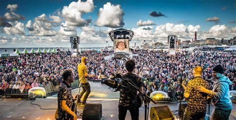 Anouk Gaat Weer Rocken Bij Live On The Beach Op