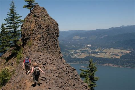 columbia river gorge  great hikes