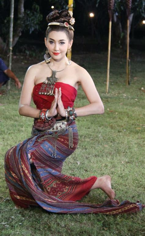 bella ranee thai costume thai traditional costume