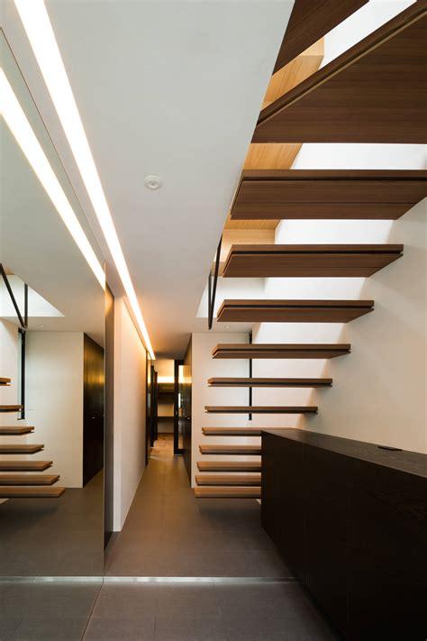 staircase modern designs astonishing ark instantly fall nishikawa masao japan architect layout apollo architects mitaka floor formality youll associates symmetrical