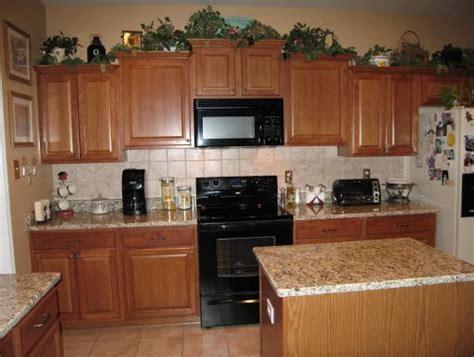 kitchen cabinets santa ca 17 best ideas about santa cecilia granite on 8138