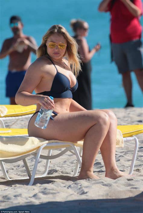 Lori Greiner Bikini Picture - Hot Girls Wallpaper
