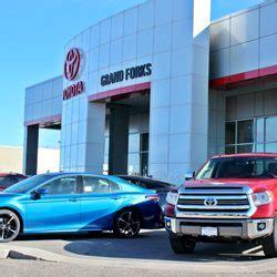 lithia toyota  grand forks   car dealers
