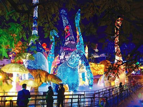 larger than life lanterns set to illuminate houston