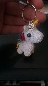 Porte Clef Licorne : licorne arc en ciel crochet tricot pinterest amigurumi ~ Teatrodelosmanantiales.com Idées de Décoration