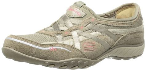 #1) Skechers Women's Breathe Easy Memory Foam Fashion