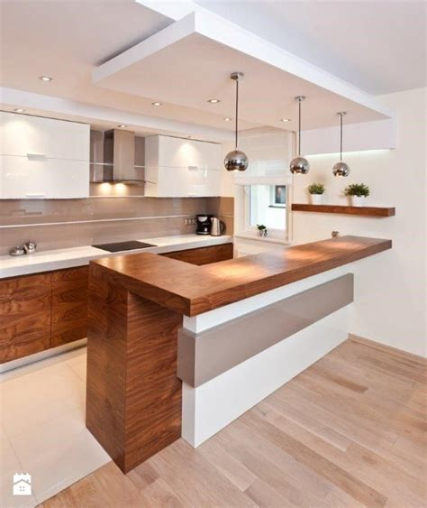 hardwood floors in kitchens 56 best images about kuchnia on grey cabinets 4161