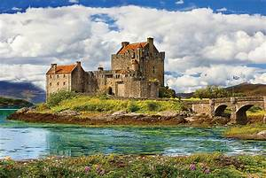 Eilean Donan Castle - Scotland - Athena Posters