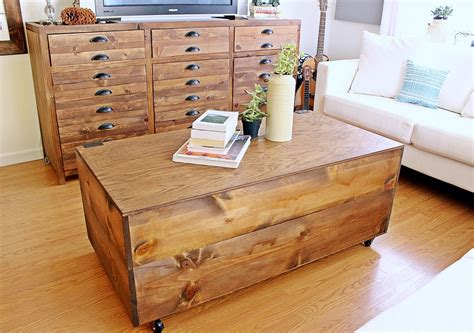 Before i jump into this fun d.i.y., i'd like to ask you to say a prayer for my daddy's surgery today. Wooden Crate Coffee Table! - Dora's Daily Dish