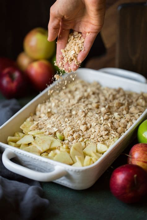 Easy Apple Crisp Recipe {VERY BEST! With Video} - Cooking