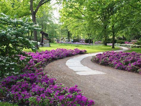 Britzer Garten Rotkopfweg by Britzer Garten Aktivit 228 Ten Im Bei Sch 246 Nem Wetter